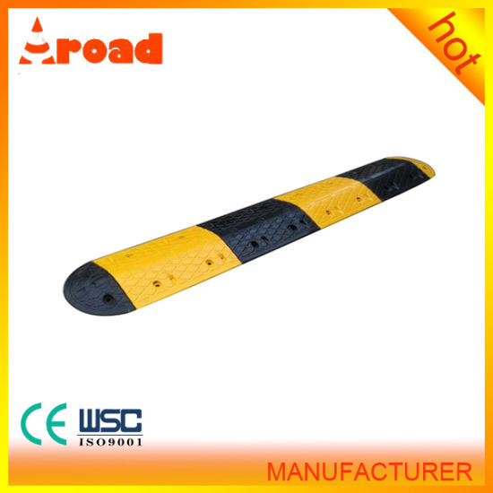 Made-in-China 500*350*50mm Rubber Speed Bump Gold Supplier pictures & photos