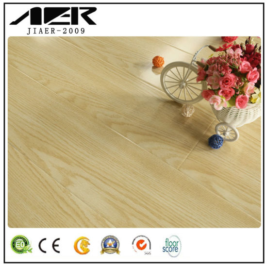Wholesale Top Quality Wood Parquet/Hardwood Flooring for House Factory pictures & photos