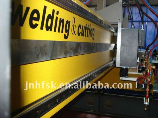 CNC Plasma and Flame Cutting Machine with High Quality pictures & photos