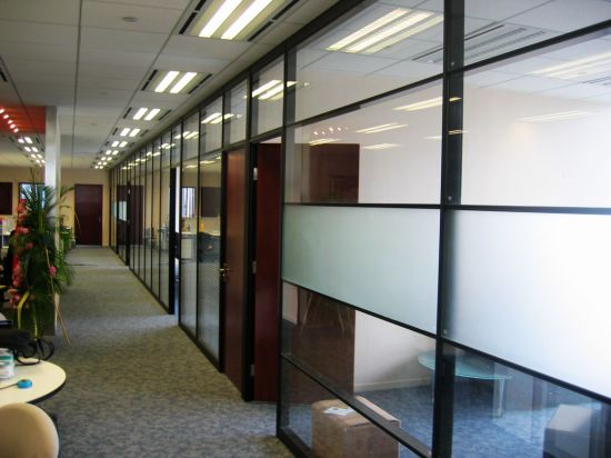 Glass Partition Wall for Office, Meeting Room pictures & photos
