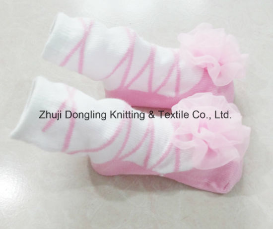 Lace White 100% Cotton Ankle Socks for Baby Girls pictures & photos