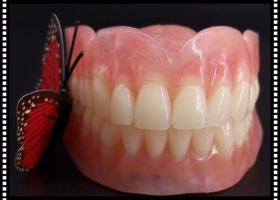 Full Denture with Acrylic Tooth Made in Minghao Dental Lab pictures & photos