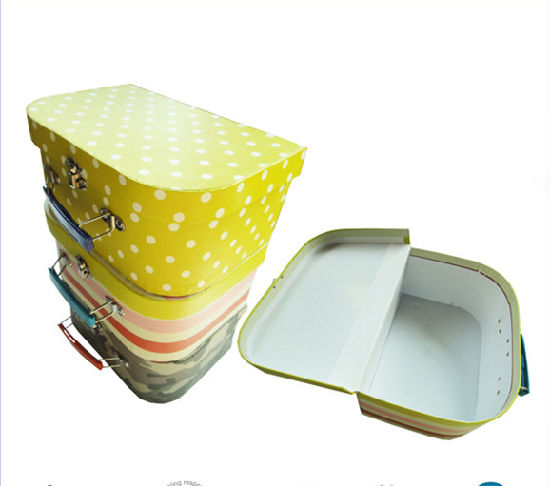 Wholesale Paper Handle Box with Custom Printing Logo pictures & photos