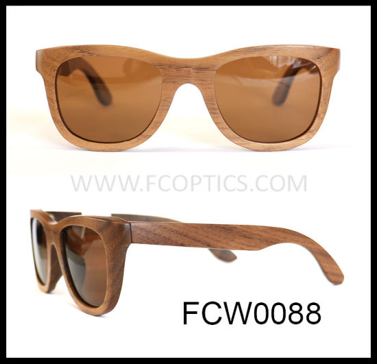 Wooden Black Walnut with UV400 Sun Glasses pictures & photos