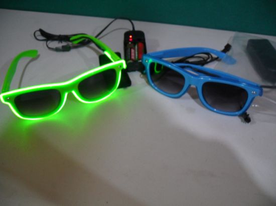 Party Favors Shutter Shade EL Flashing Glasses for Halloween pictures & photos