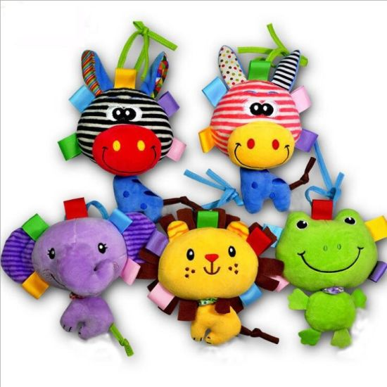 Super Soft and Good Quality Plush Animal Rattle Baby Crib Bed Hanging Bells Puzzle Toy