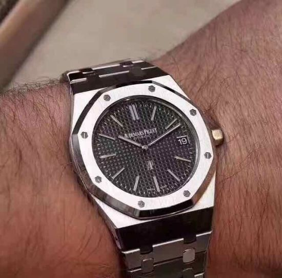 Chronograph Luxury Steel Man Wrist Watch pictures & photos