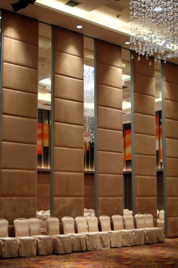 Soundproof Movable Partitions Walls for Hotel, Exhibition Center and Meeting Room pictures & photos