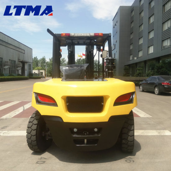 2017 New Design 8 Ton Diesel Forklift with Competitive Price pictures & photos