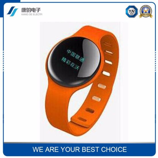 Orange 2.0 Pedometer Heart Reate Bluetooth Intelligent Bracelet Wristband pictures & photos