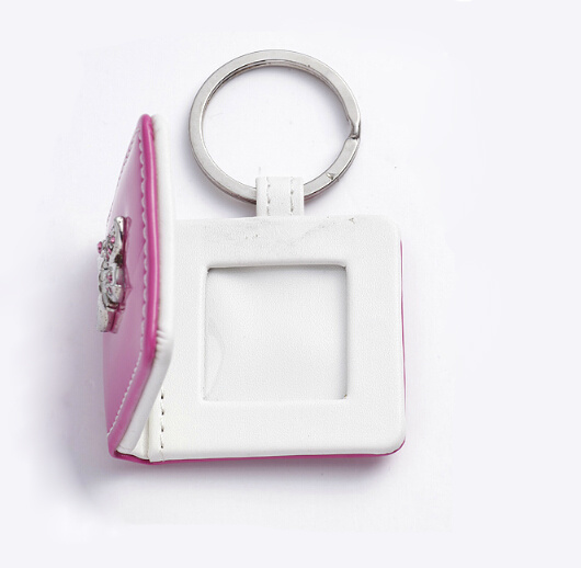 Hot Selling New Design Leather Photo Keychain pictures & photos