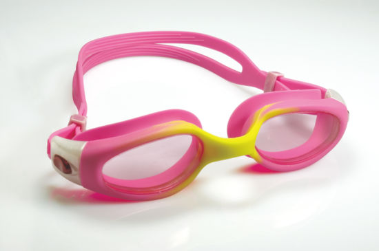 Soft Fit Silicone Gasket Anti-Fog Swim Glasses pictures & photos