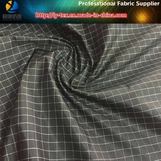 Black/White Yarn Dyed Fabric, 1 Cm Gingham Polyester Check Fabric (YD1182) pictures & photos