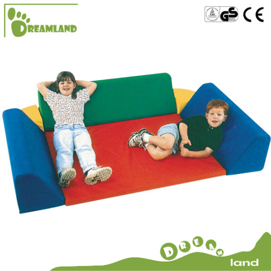 2017 Safe Hot Sale Indoor Soft Play Equipment for Kids pictures & photos