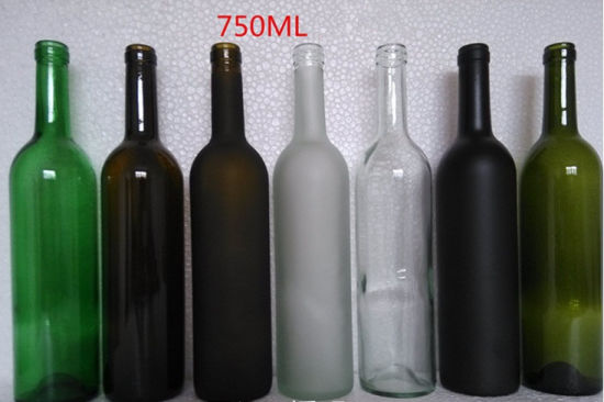 China Factory Customized High Quality Glass Wine Bottle pictures & photos