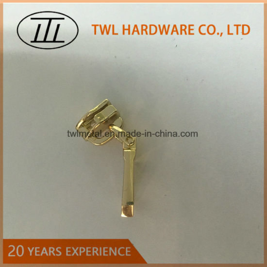 New Design Metal Fittings Zipper Puller with Factory Price