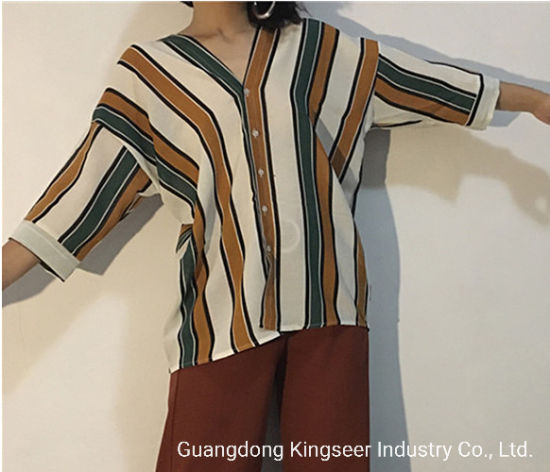 2019 Autumn Wholesale Cheap High Quanlity Ladies Fashion Tops Loose Leisure Apparel Casual Summer Lady Polyester V Neck Blouse Colorful Stripe Clothes