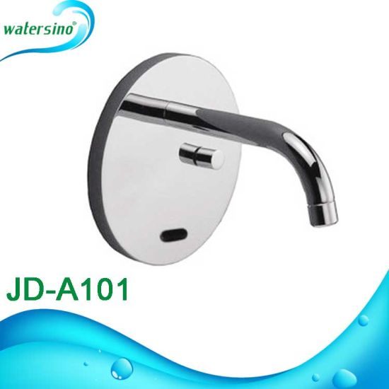 Infrared Touchless Hot and Cold Sensor Faucet 5 Years Guarantee pictures & photos