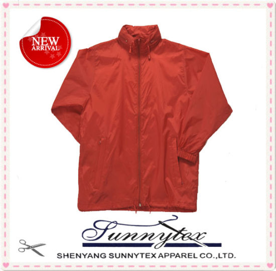 high Quality Short Design Zipper Raincoat with Mini Pocket All in One