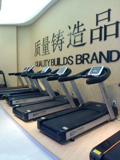 Body Strong New Product Luxury Body Building 3HP AC Commercial Treadmill Jb-6600 pictures & photos