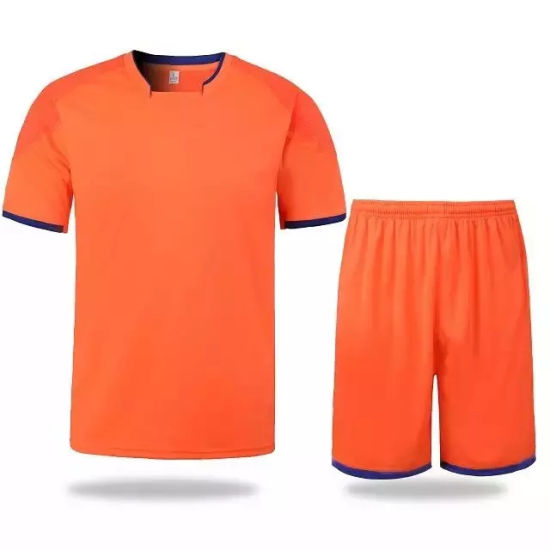 54e26fd1985 China Custom Design Football Uniform Kits - China Soccer Jersey