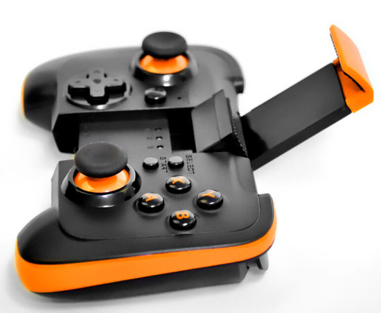 China Hot Selling New Design Bluetooth Android Gamepad