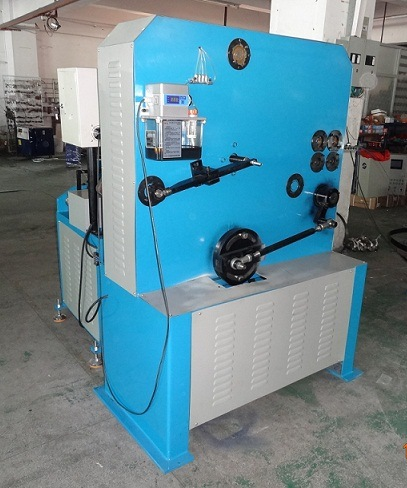 2016 Metal Hanger and Hook Making Machinery (GT-HM-5S) pictures & photos