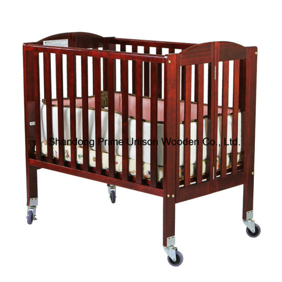 Wooden Portable Crib, Folding Crib, Baby Furniture, Kids Furniture pictures & photos