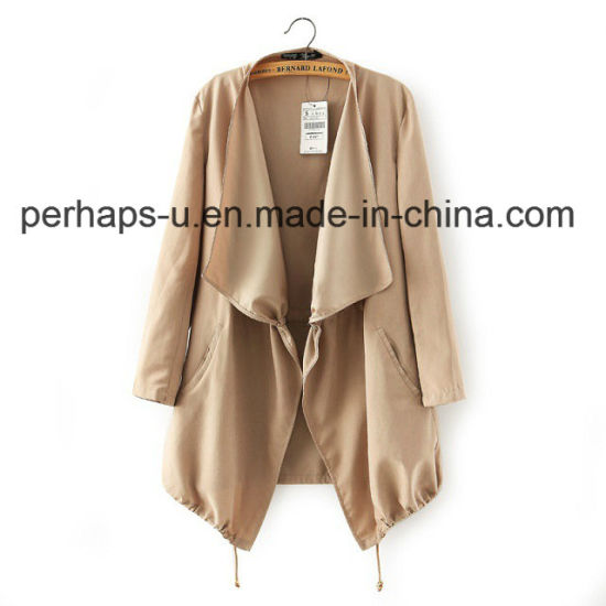 Ladies′s Fashion and Leisure Trench Coat with Full-Sleeves pictures & photos