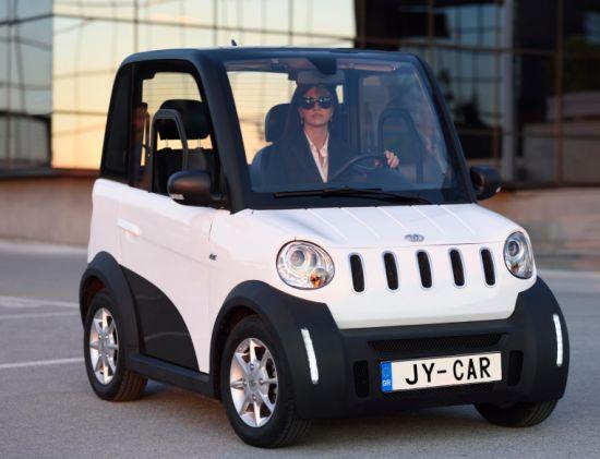 Hot Ing 4 Wheel 2 Seats Electric Smart Car Automobile Eec