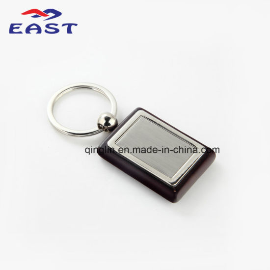 Wholesale Square Shape Wood & Metal Key Ring pictures & photos