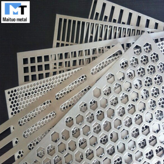 Perforated Metal Sheets for Decorative Screens and Filter Aluminium/Stainless Steel/Galvanized pictures & photos