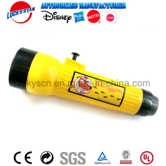 China Torch Shaped Water Squirter Plastic Toy for Kid Promotion