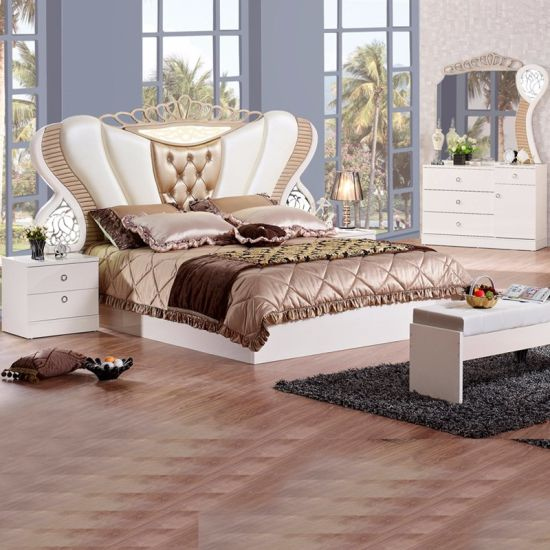 Reproduction Bedroom Furniture With Antique Bed 3383