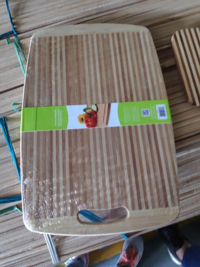 Bamboo Bread Board and Chopping Board Are on Sales at Very Cheap Price in Existing Stock From Factory pictures & photos