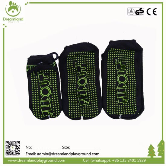 Bulk Popular Wholesale Custom Non-Slip Trampoline Socks pictures & photos