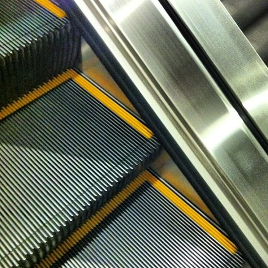 35 Degree Auto Start Indoor Escalator pictures & photos