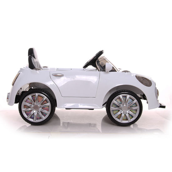 2017 Cheap Kids Mini Electric Car Wholesale pictures & photos