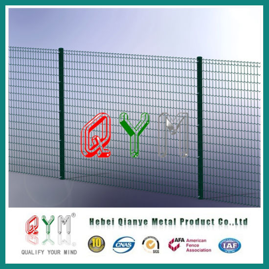 China Galvanized and PVC Coated Welded Wire Fence Panel - China ...
