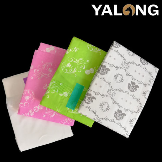 High Quality Ultra Thin Sanitary Pad with Anion Chip pictures & photos