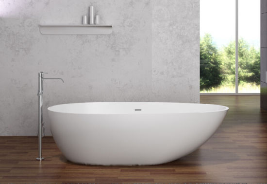 Big Size and Popular Acrylic Bathtub pictures & photos