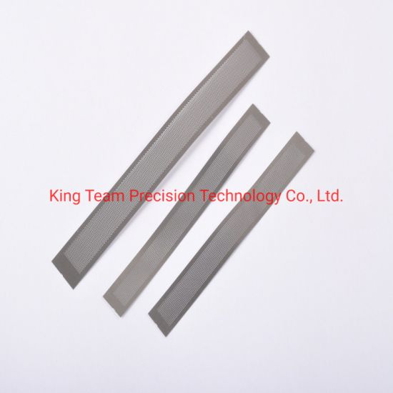 High Precision CNC Punching Pinhole Stainless Steel Wire Mesh and Filter pictures & photos