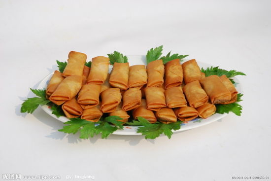 IQF Frozen 100% Hand Made Vegetable 50g/piece Cylinderical Elongated Egg Rolls pictures & photos