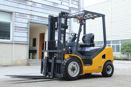 XCMG Construction Machinery 3.5 Ton 2WD Diesel Forklift for Construction Industry pictures & photos