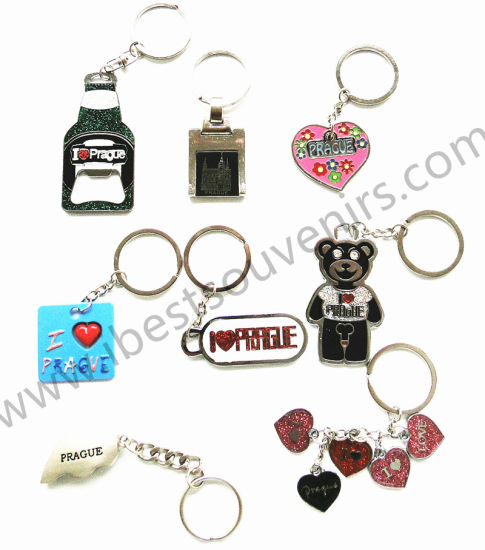 I Love Prague Souvenir Keyring Gift The Capital City of Czech Republic Keychain Metal pictures & photos