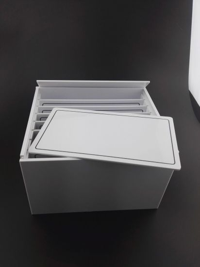 China Custom White Acrylic Lashbox with 10 Strip Tablets Panels