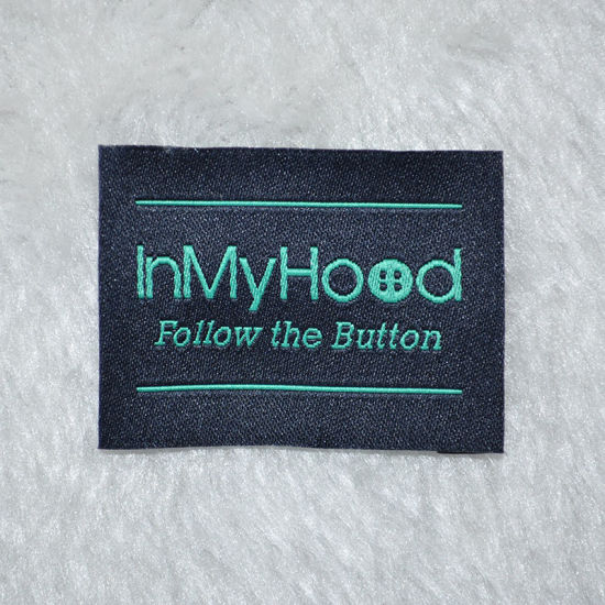 High Quality Custom Woven Label with Clothing Brand pictures & photos