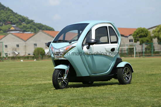 Hot Sale 3 Seats 3-Wheel Electric Car with 1000W-2200W Motor