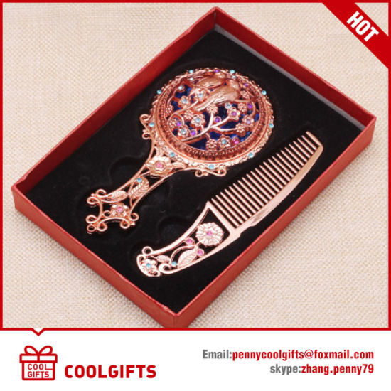 Wholesale Handle Cosmetic Mirror with Comb Set for Wedding Gift pictures & photos
