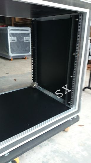 16u Amplifier Rack with Slant Top pictures & photos